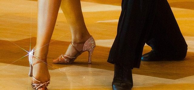 Curso de baile de salón.